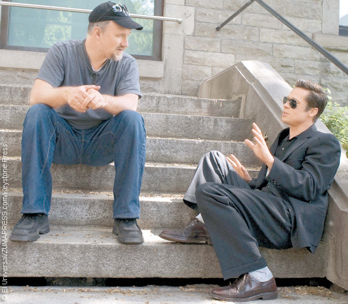 David Fincher and Brad Pitt on the set of The Curious Case of Benjamin Button