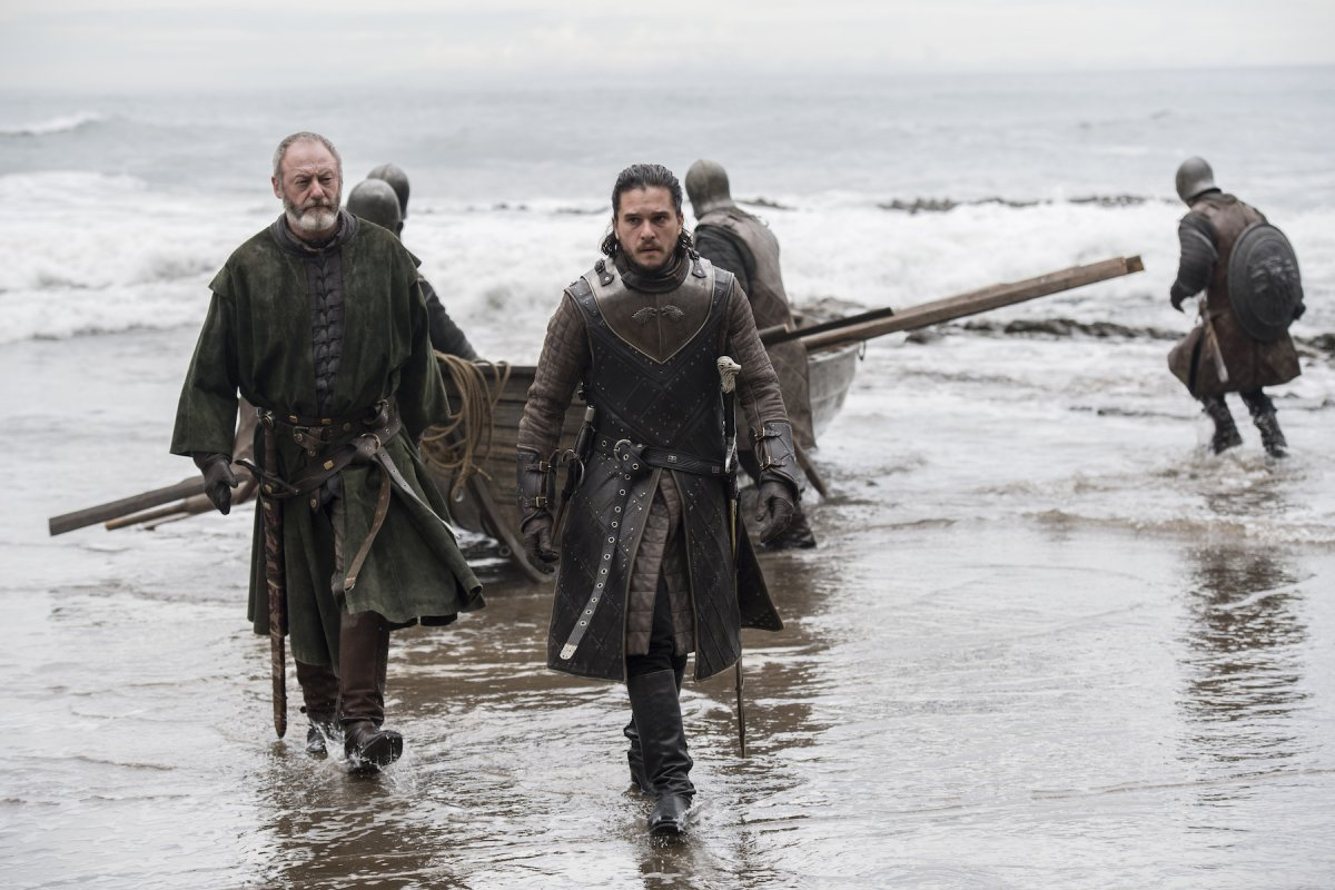 Jon Snow and Ser Davos arrive at Dragonstone